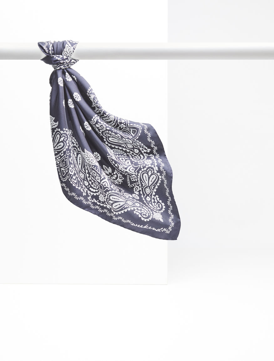 Silk foulard Weekend Maxmara
