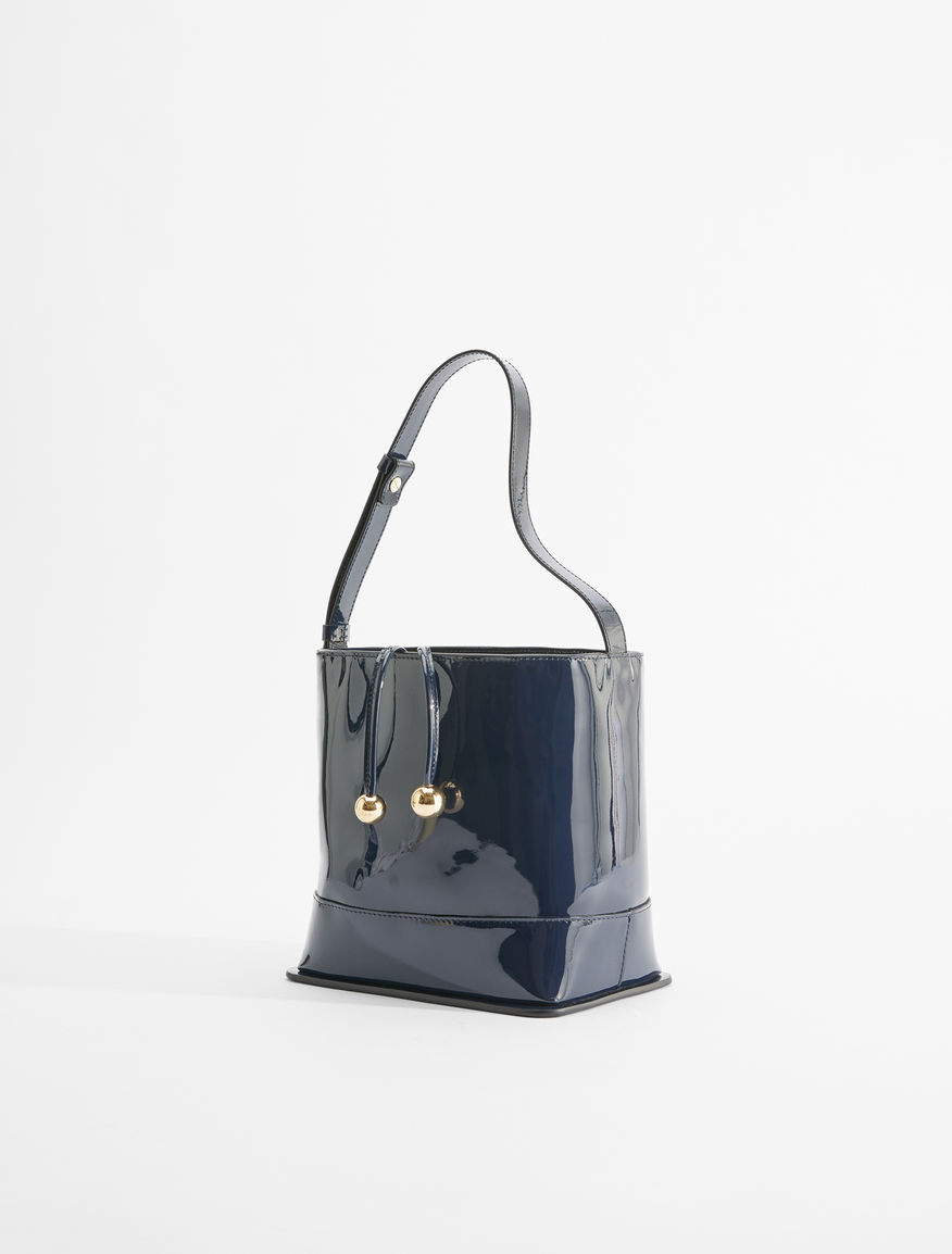 Lady leather bucket bag Weekend Maxmara