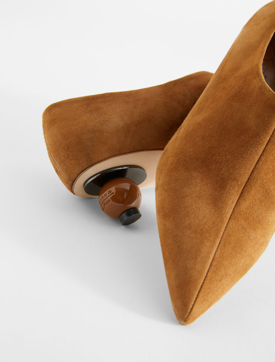 Suede leather courts Weekend Maxmara