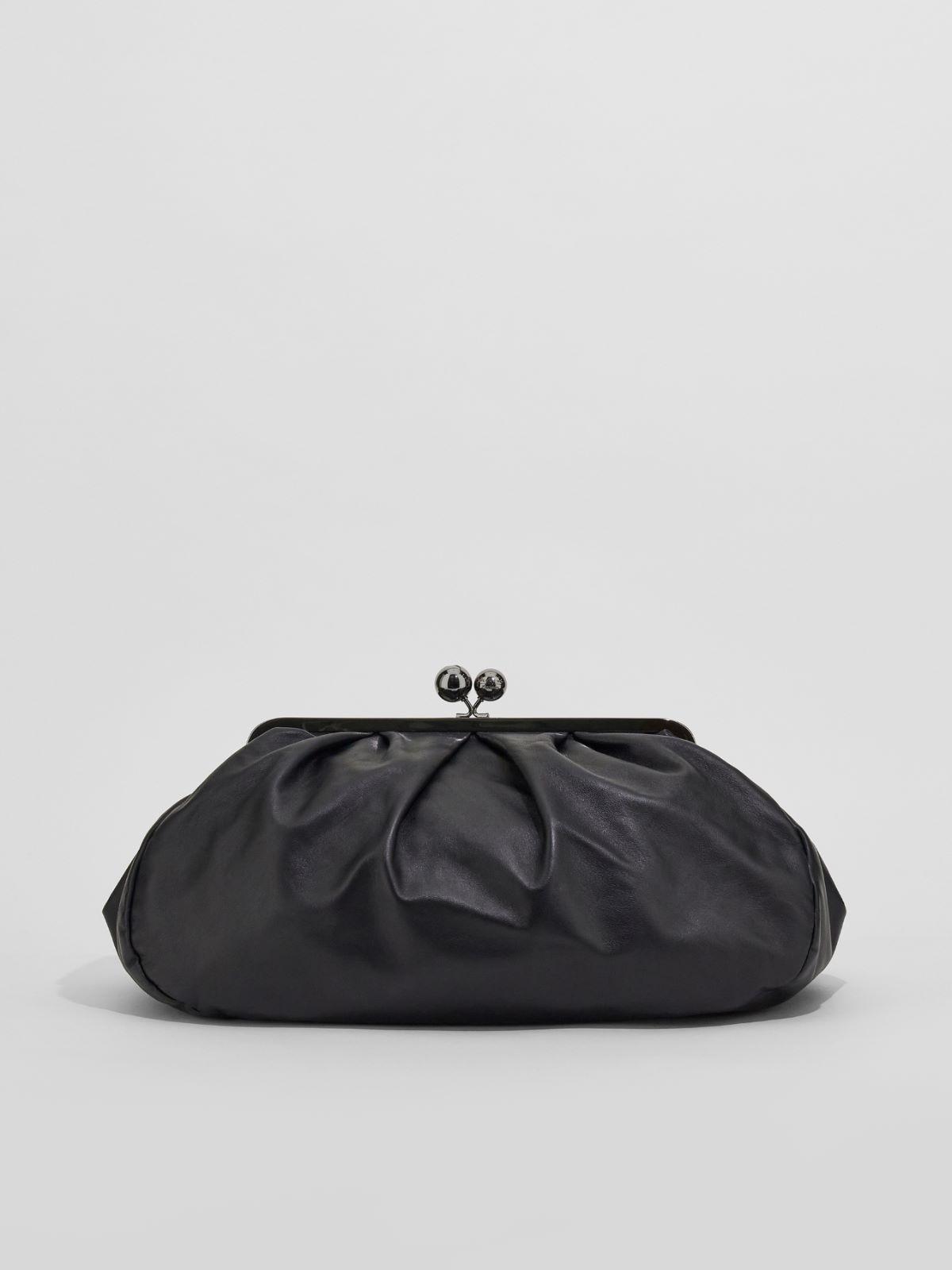Large leather Pasticcino Bag Weekend Maxmara