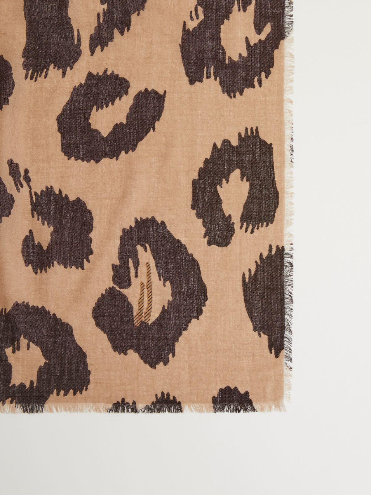 Wool scarf Weekend Maxmara