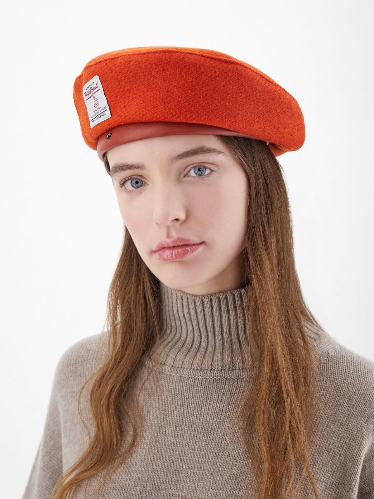 Tweed beret Weekend Maxmara