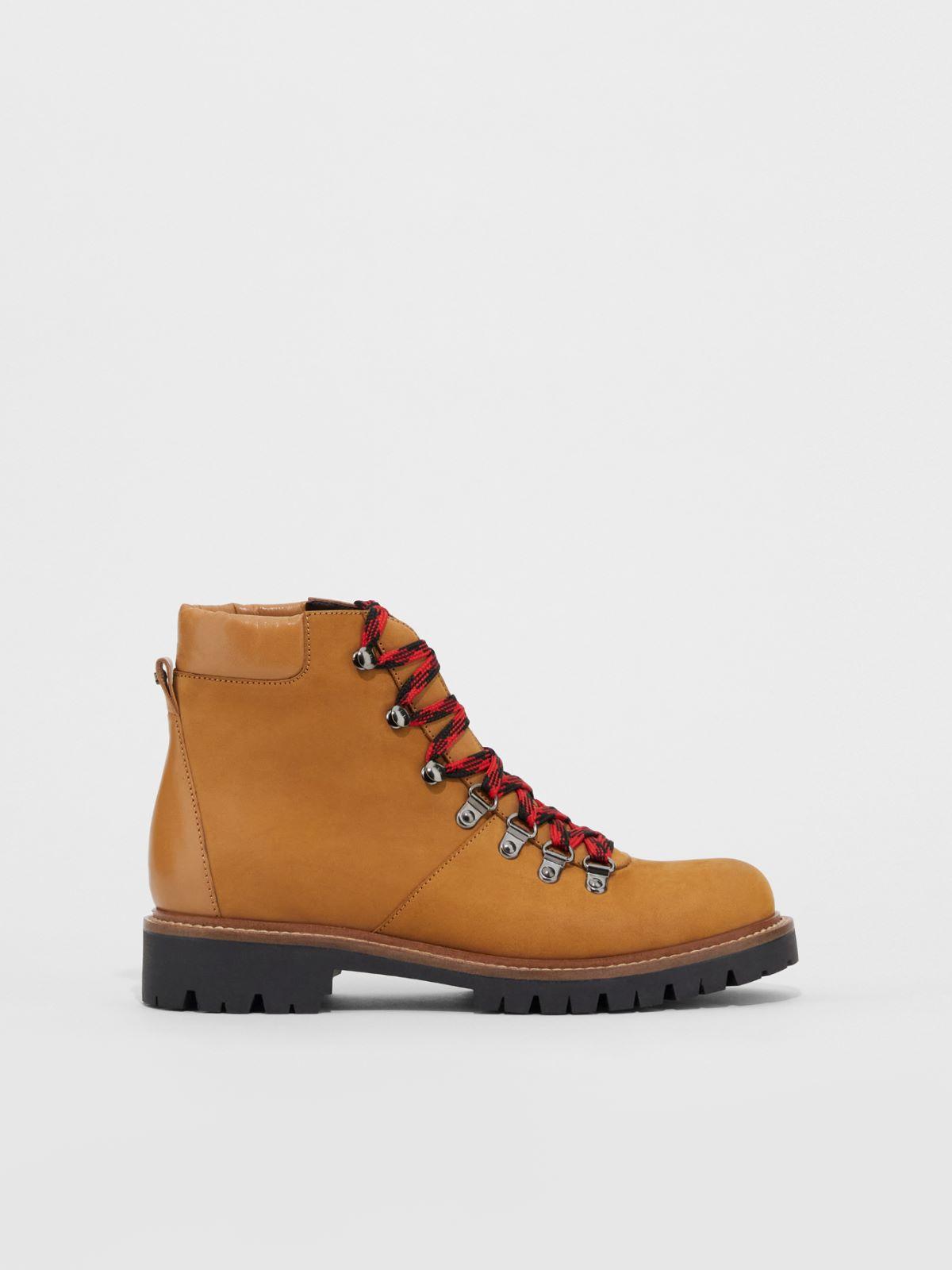 Waterproof nubuck leather hiking boots Weekend Maxmara